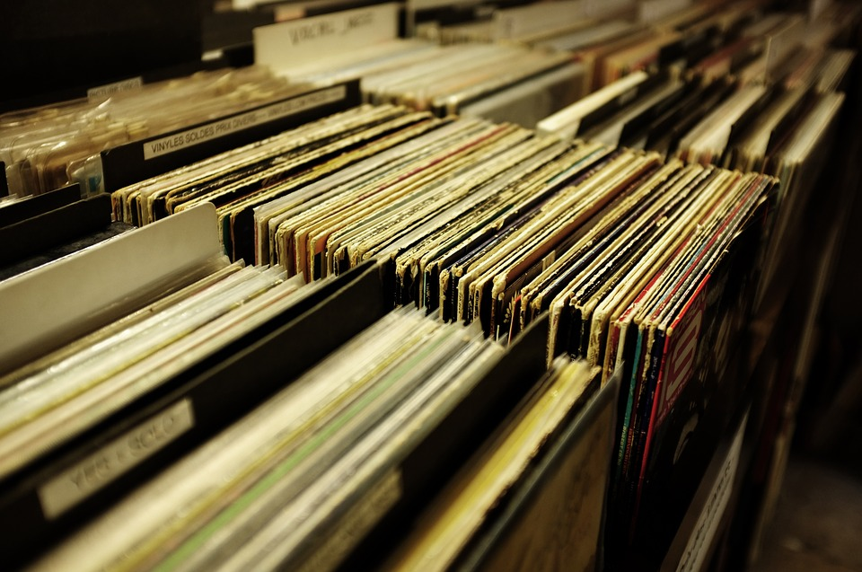 Vinyl, Vinyls, McGuyver, Record Collecting, RSD, Vinyl Charts, All Things Vinyl,